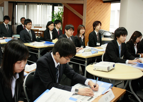 日本人社員との合同研修